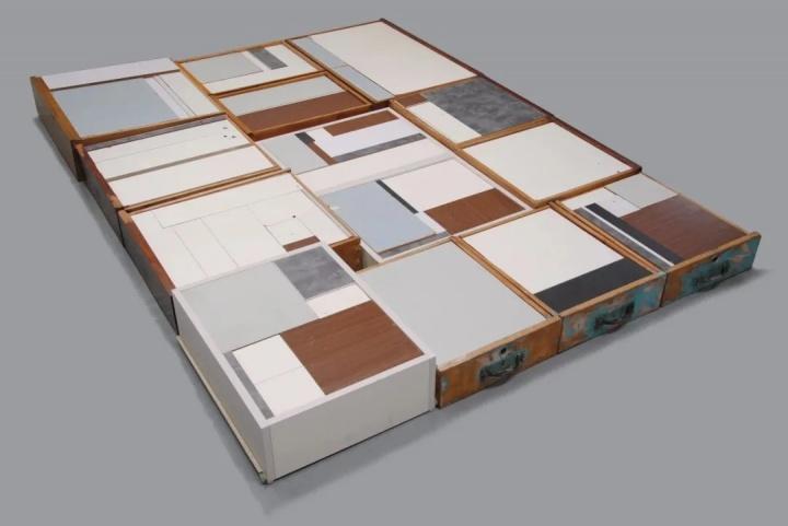 《这件 那件》抽屉 200×160cm旧家具木板 尺寸 2017