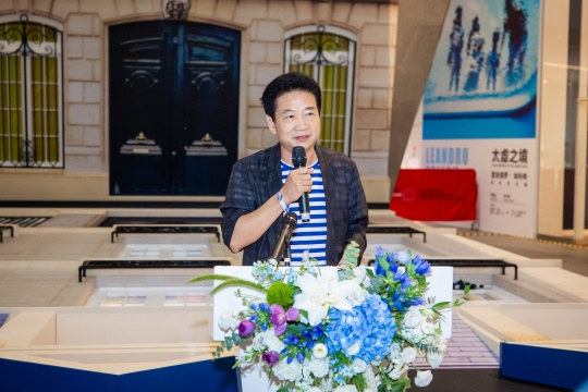 展览策展人、中央美术学院美术馆馆长张子康