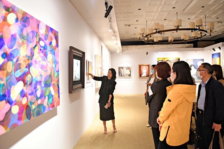 """2021春拍,富艺斯×保利拍卖的""""二十世纪及当代艺术和设计拍卖""""北京预展现场"""