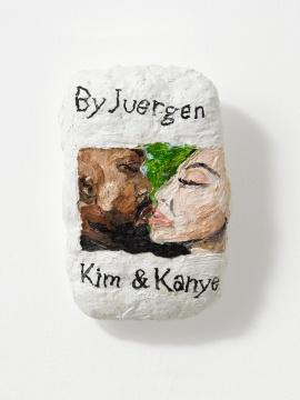 苏菲·巴伯,《金和肯伊的无舌之吻》13.2x8.9x4cm 2021,布面油画,X 美术馆馆藏