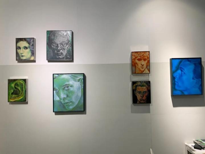 彭斯一系列肖像小画10万元以内,其中已有被预定